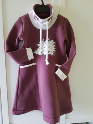 Kleidchen mit Kragen aus dickem angerautem Wintersweat, hier Größe 128