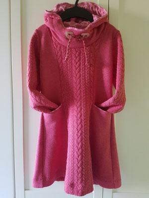 Kleidchen mit Kapuze aus Strickstoff, hier Größe 128