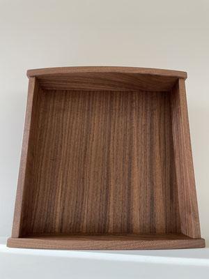 モダンな神棚・お札立て。シンプルなデザインです。八ヶ岳の家具工房ZEROSSOのコンパクトでモダンなお仏壇、オーダーメイド家具、キャビネット、オリジナルの茶道具、アート作品。
