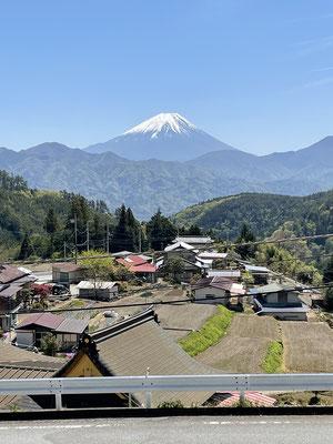 富士川町の隆運寺。お墓からの絶景。家具工房ZEROSSO、コンパクトなお仏壇、お仏壇の閉眼供養。