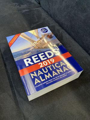 Mit dem REEDS Almanac vertraut machen ... alle Angaben zu Häfen, Tiden, Strömungen, usw. von Dänemark bis Portugal/Spanien ...