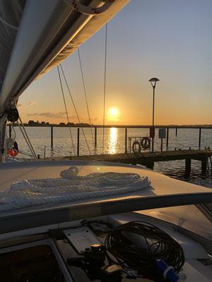 Super Sonnenaufgang am nächsten Morgen ... heute ist ein Tag Pause in Heiligenhafen!