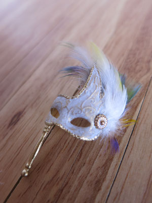 "feathers mask ""colombina"" type"