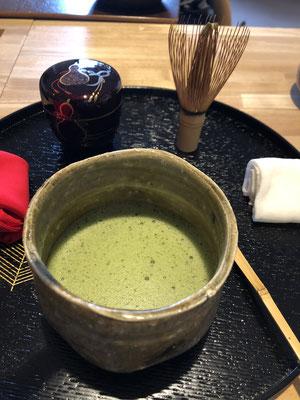 盆略点前 茶碗は松村遷さんの黄瀬戸茶碗
