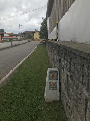 Pour aller au monastère de Valdedios il faut emprunter le chemin le plus long et le plus pentu.