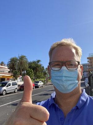... im Deutschen Ärztezentrum in Playas Americas im Süden von Teneriffa haben wir gestern alle einen PCR Test gemacht ... die Ergebnisse erhalten wir heute Nachmittag!