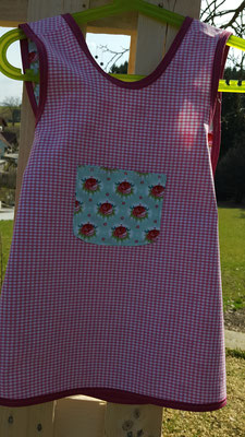 Wendeschürzenkleid aus Baumwolle * Gr 62 - 104                                           € 30.-