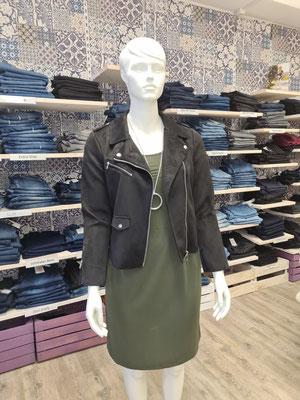 103. Kleid Only Carmakoma 20,00€ statt 39,99€ in khaki Gr.S 42/44,M46/48, L50/52 ,XL (54)  Bikerjacke schwarz 30,00€