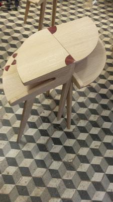 Tables d'appoint en duo avec décor de paille