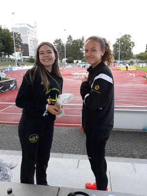 Amélie und Alina happy nach Ihren Läufen am Samstag - Foto: privat