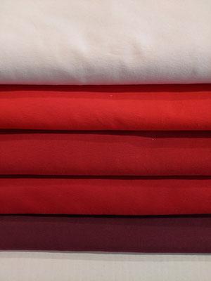 Hellrosa, tomatenrot, rot, dunkelrot, bordeaux