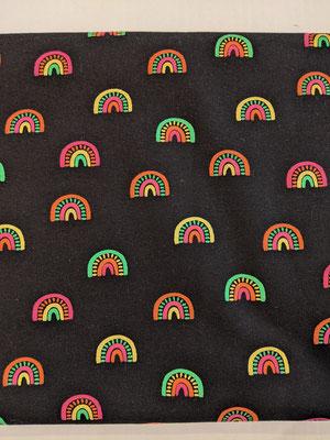 Regenbogen auf schwarz