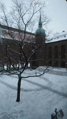 Innenhof des Stadshus beim Besuch mit der Caritas