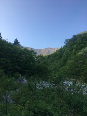 賽の河原から大山を望む