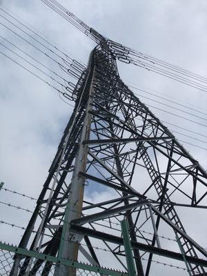 火野正平「とうちゃこ」版。神奈川、沼目の鉄塔の近くの鉄塔