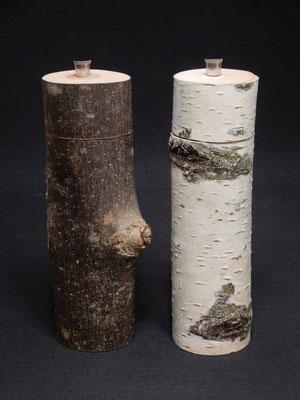 Birke / Buche(?),     Salz / Pfeffer,   Höhe ca. 20 cm,    als Paar CHF 130.-,