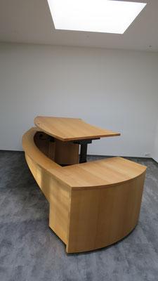 Tischplatte elektrisch höhenverstellbar