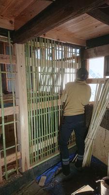 土壁のための竹小舞掻き1