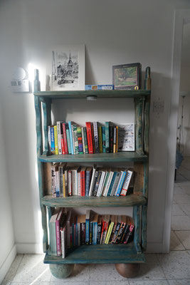 Ballyroe books (big apartment)