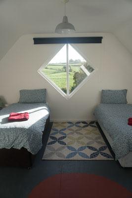 Bedroom 3 (big apartment)