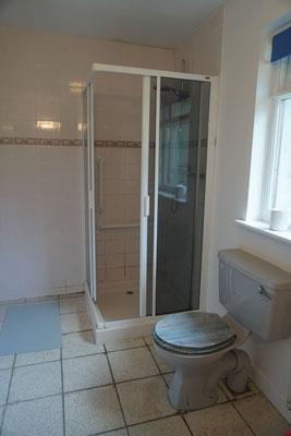 Bath (big apartment)