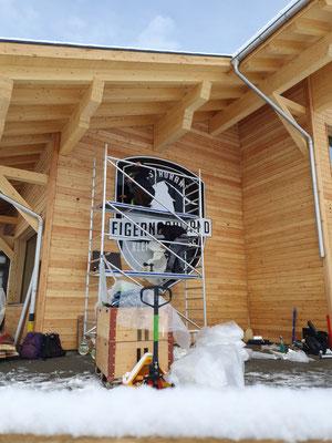 Fassadenwerbung Restaurant Eigernordwand Kleine Scheidegg Grindelwald