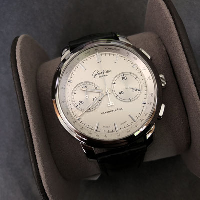 Senator Chronograph XL Silver 44mm