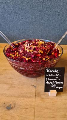 Randen-Apfel-Walnuss-Maroni-Salat