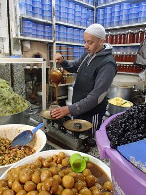 Honig,Öl etc. Verkäufer, Souk Marakesch
