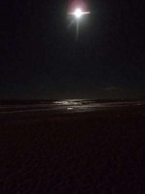 Vollmond, Strand Martil