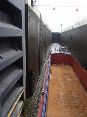 Schachtschleuse Minden 14 m Hub