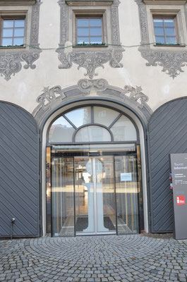Eingang zur Touristinfo - Bild: Dr. Dietmar Hawran