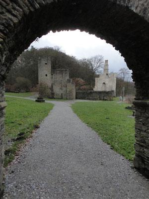 Burg Hardensteinruine kommt näher.