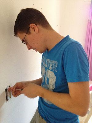Tobias als Elektriker...