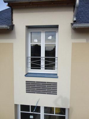 CMC Métallerie Avranches(50)-Garde-corps fenêtres acier galvanisé thermolaqué