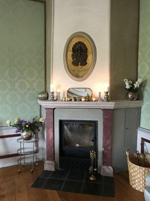 Kamin des französischen Zimmers