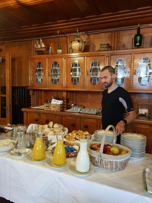 Start in den Tag 3 mit gutem Frühstück im Hotel