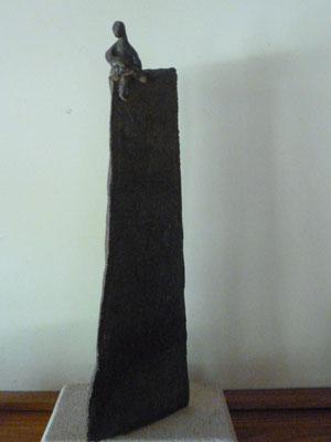 """""""Tour Homme"""" Sculpture grès noir cuisson Noborigama H53cm """"Pièce Unique"""" -Juan José Ruiz dit """"Caco""""  Artiste Sculpteur/Auteur 450€"""