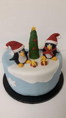 Motivtorte Pinguine an Weihnachten