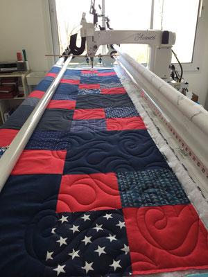 long arm quilting France - atelier LE QUILT émoi - all over - bord à bord - matelassage professionnel