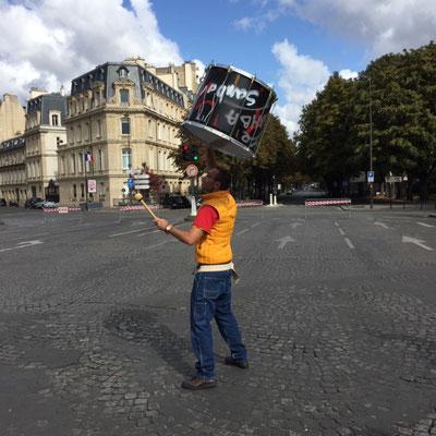 La Parisienne - Batucada Zé Samba