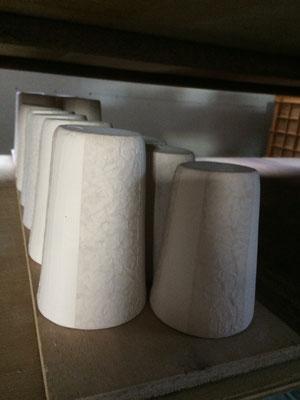 ロングカップの特大はかなり背高。焼酎のお湯割りは大きいカップで飲むようなので。大き過ぎ?