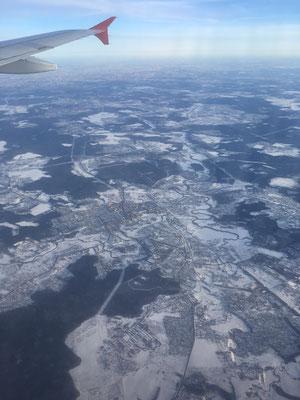 Fensterplatz über Russland