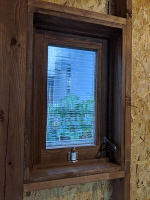 手作り押し開き窓