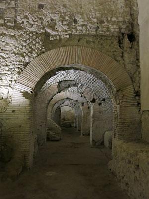 地下に保存されているローマ時代の都市の痕跡(ナポリ)