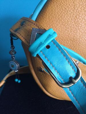 Lederhandtasche Rund
