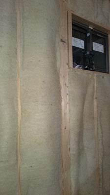 羊毛断熱材施工写真
