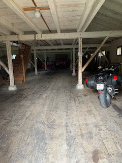 genügend Platz für alle Mopeds