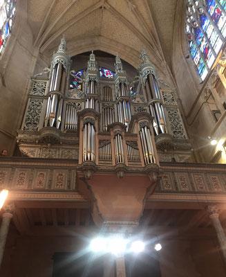 Le grand orgue de la basilique Notre-Dame.