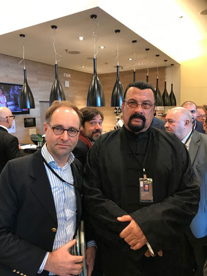 Markus Bürger meets Steven Seagal, Hollywood Actor and Humanist